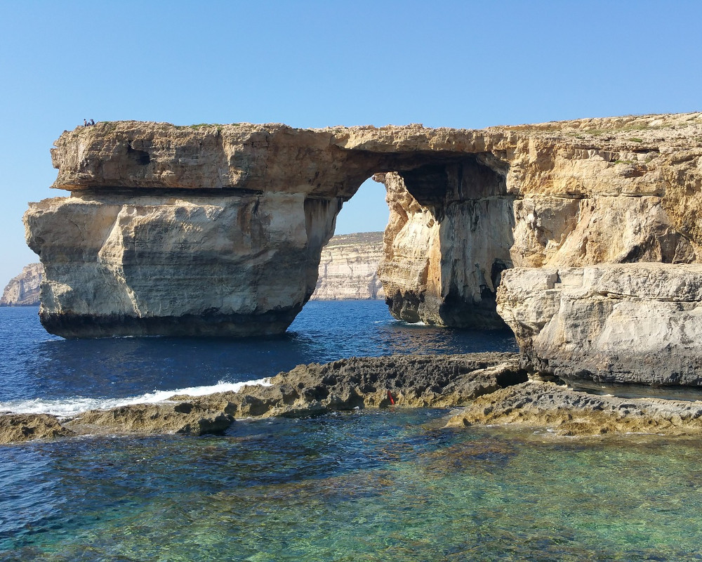 Malta courtesy travel - Malta finestra azzurra ...